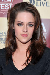 Кристен Стюарт, фото 178. Kristen Stewart arrives at 'A Better Life' World Premiere Gala Screening during the 2011 Los Angeles Film Festival at Regal Cinemas L.A. LIVE on June 21, 2011 in Los Angeles, California., photo 178