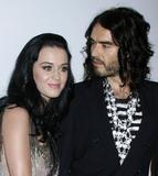 Katy Perry - Страница 5 Th_42723_celebrity-paradise.com-The_Elder-Katy_Perry_2010-01-30_-_2010_Annual_Clive_Davis_Pre-Grammy_Party_8139_122_146lo