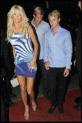 Виктория Сильвстед, фото 194. Victoria Silvstedt at the ViP Room in Saint Tropez, France, August 8, 2010, photo 194