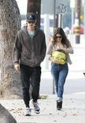 Рейчел Билсон, фото 8374. Rachel Bilson - out and about in Los Feliz 01/29/12, foto 8374