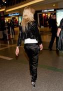 Тара Рейд, фото 2399. Tara Reid LAX & Sydney Airport MAR-3, foto 2399