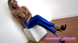 American Mean Girls: Chanels Blue Shiny Leggings