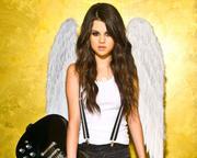 Selena Gomez - Cuteness - Mixed Quality Wallpapers Th_23443_tduid1721_Forum.anhmjn.com_20101130201931011_122_405lo