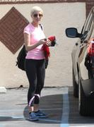 Kellie Pickler in tights arriving at Dancing With The Stars rehearsal in Los Angeles 03/17/13 (HQ)